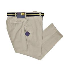 Chinos in Larger Sizes